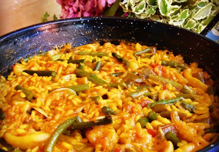 Arroz mar y huerta con verduras